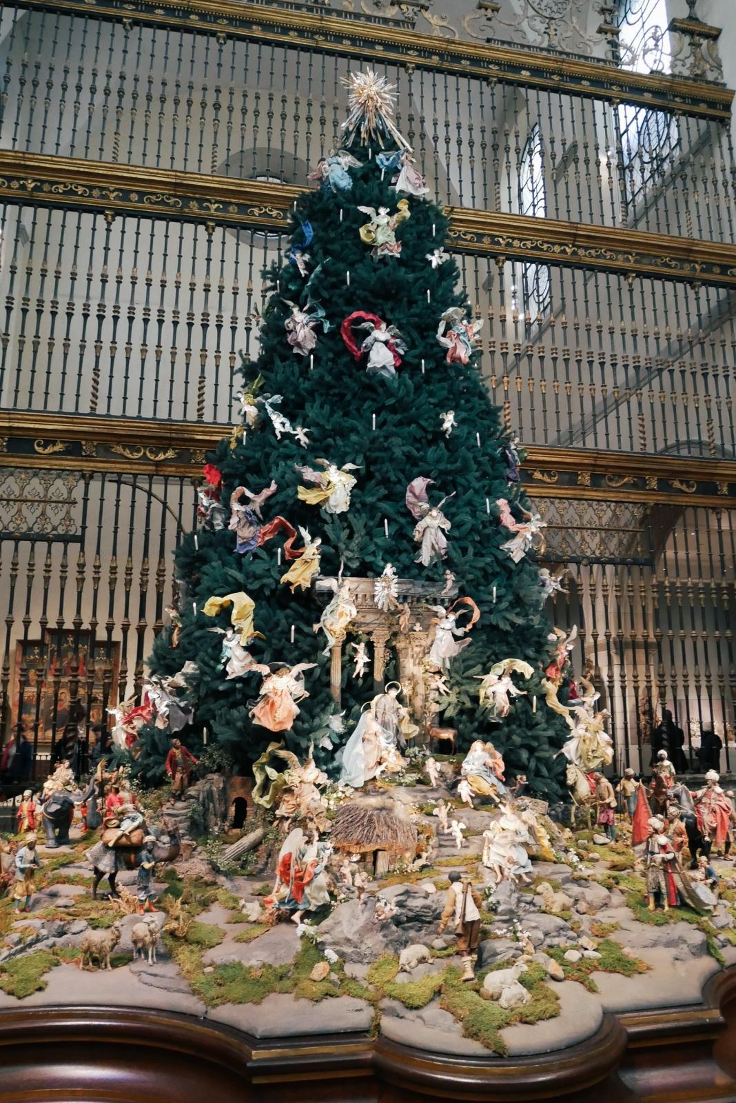 Christmas tree at the Met