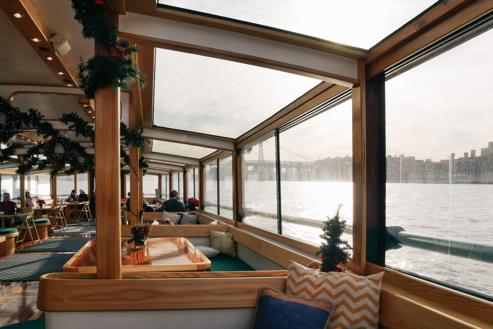 Cabin on the yacht Manhattan